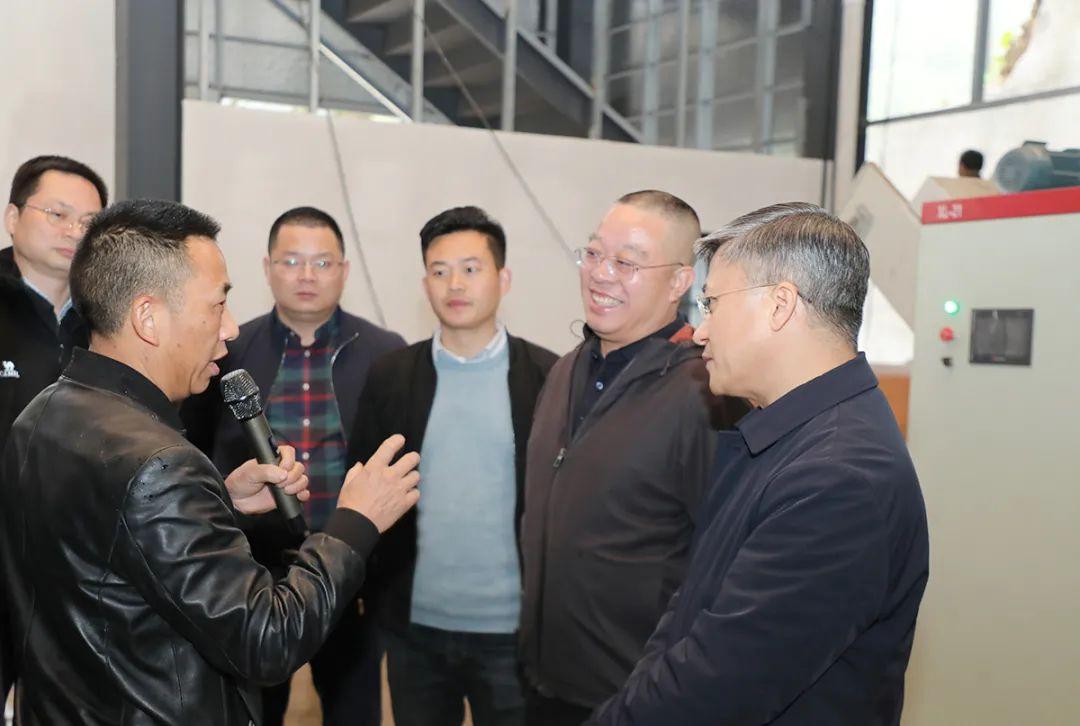 胡国安董事长陪同湖南省政协副主席胡旭晟一行赴安化考察调研
