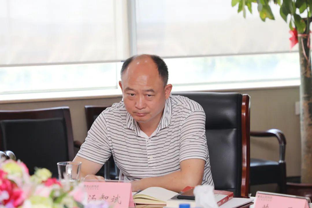 中共长沙市委统战部副部长、市工商联党组书记何惠风一行莅临绿之韵调研